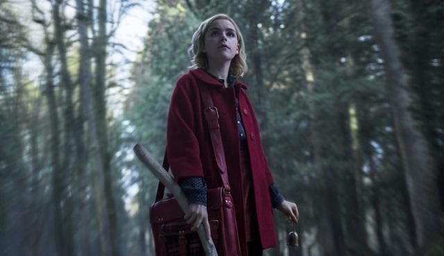 Netflix, Chilling Adventures of Sabrina'nın ilk görüntülerini paylaştı!