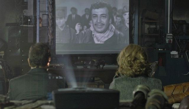 Kara Sevda'da Sadri Alışık anılıyor!