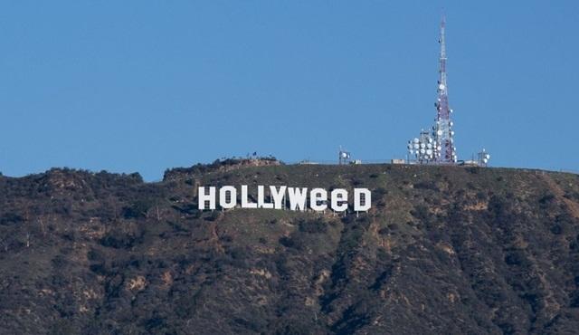 Hollywood yazısı tahribe uğradı!