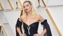 Margot Robbie, yeni Karayip Korsanları filminin başrolünü üstlendi