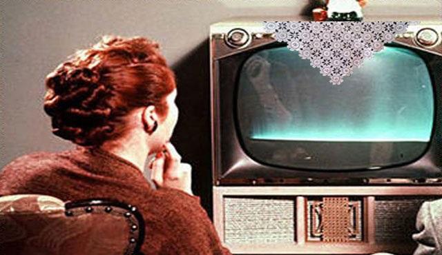 Annen televizyonda ne seyreder?