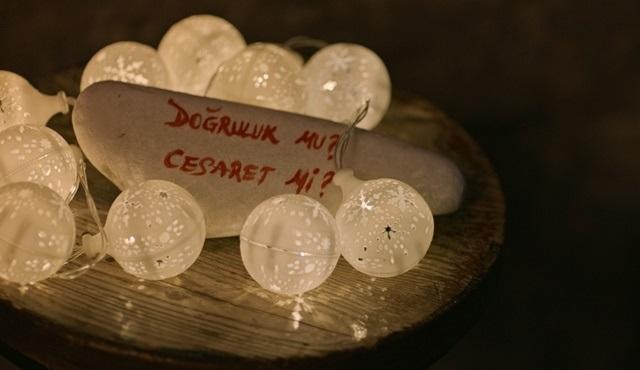 Alev Alev dizisinde Rüya, Ömer'e evlenme teklif ediyor!