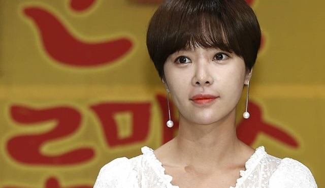 Hwang Jung-eum kehanette bulundu: Lucky Romance izleyenlerine de bol şans getirecek!