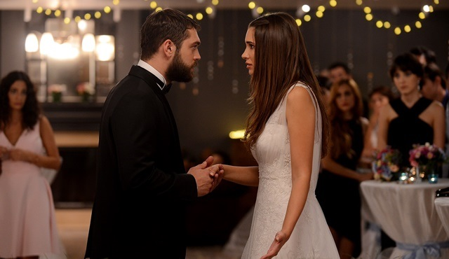 Sweet Revenge | Pelin and Sinan have second thoughts about marriage