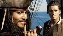 Karayip Korsanları'nın beşinci filminden yeni bir tanıtım geldi