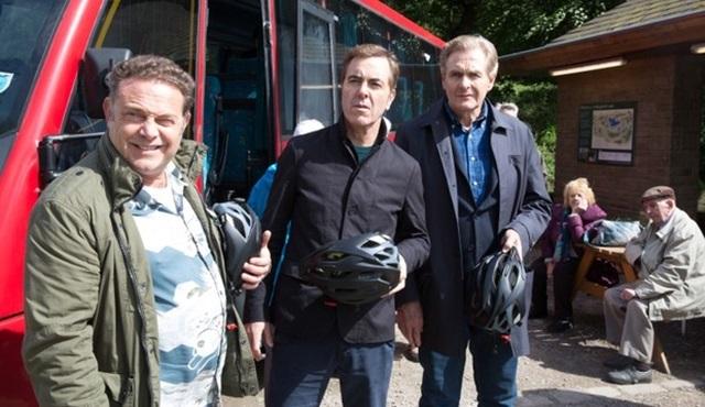 İngiliz dizisi Cold Feet, ITV'den yeni sezon onayı aldı