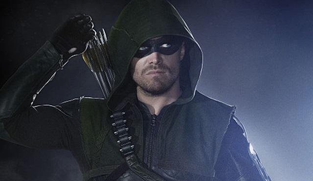 Stephen Amell, Arrow'un 4. sezonuyla ilgili konuştu