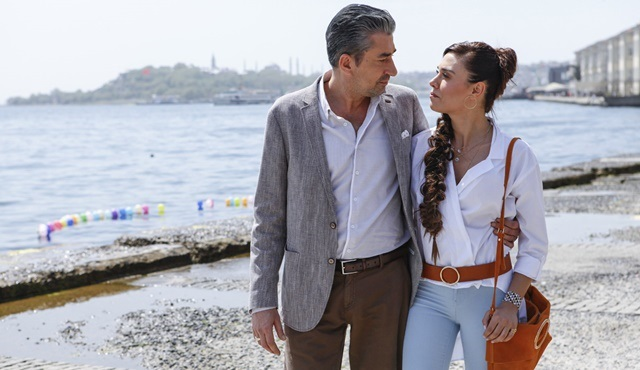 Broken Pieces | Cihan wants divorce to be with Ayşe
