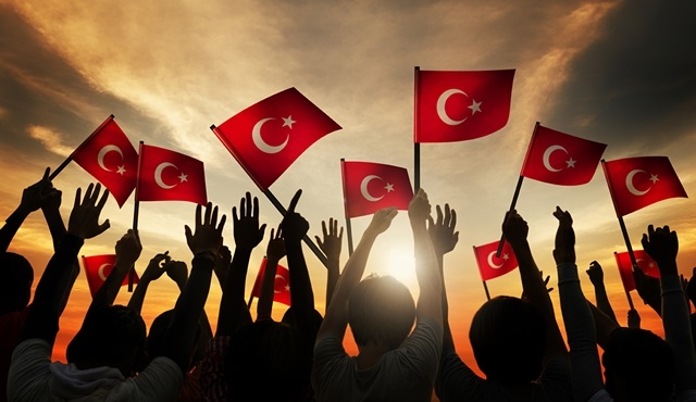 30 Ağustos Zafer Bayramı Törenleri canlı olarak TRT1 ekranında!