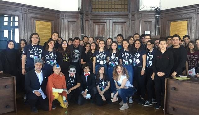 Hakan Bilgin, İstanbul Erkek Lisesi'nde düzenlenen söyleşiye konuk oldu!