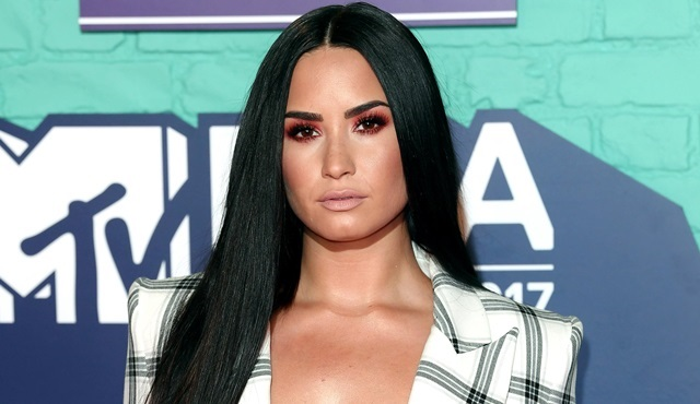 Demi Lovato, Will & Grace dizisine konuk olacak
