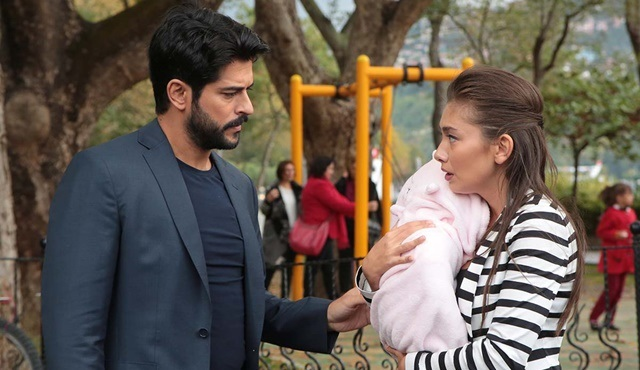 Endless Love | Kemal suspects Deniz might be his daughter