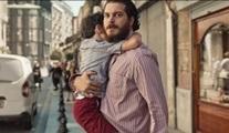 Çağatay Ulusoy'lu Kağıttan Hayatlar filmi 12 Mart'ta Netflix Türkiye'de!