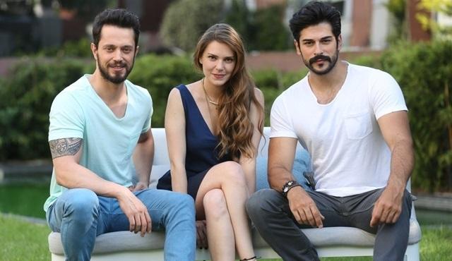 """Murat Boz, Aslı Enver ve Burak Özçivit, """"Beyaz Show"""" da!"""