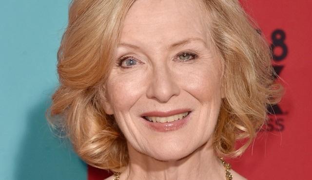 Frances Conroy, American Horror Story'nin 10. sezonu için geri dönüyor