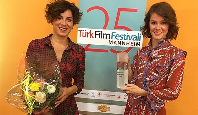 Çok Uzak Fazla Yakın filmine Mannheim'den ödül geldi