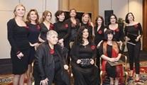 Ünlü kadınlar, kadına şiddete karşı durmak için sahnede!