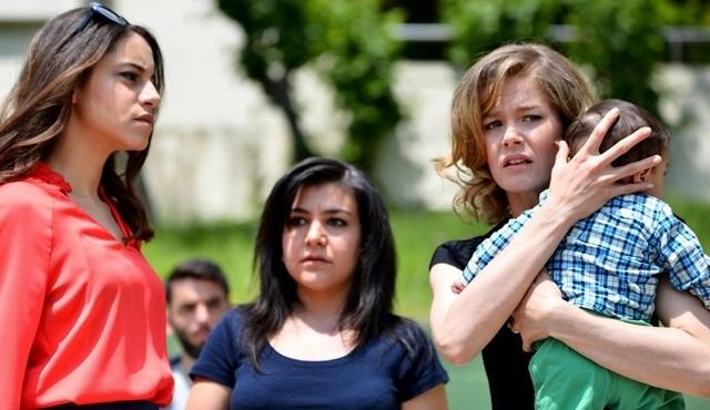 Hayat Şarkısı: Annelik savaşında ilk perde
