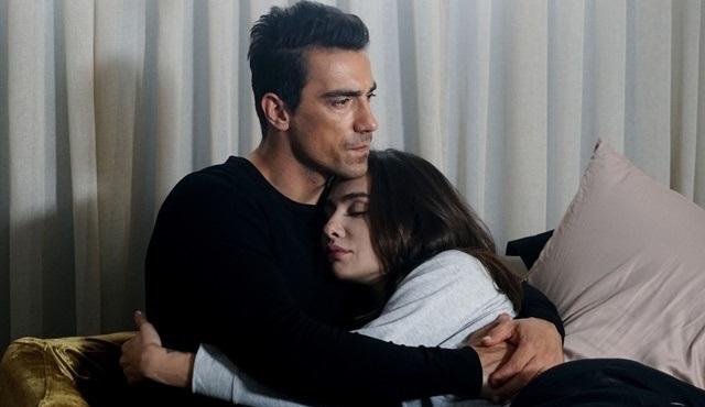 Siyah Beyaz Aşk: Bir dokunuştur tango!