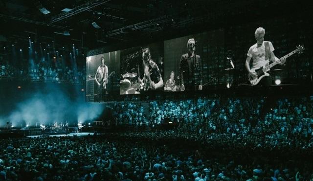U2 grubunun Londra'daki unutulmaz konseri TRT 2'de ekrana gelecek!
