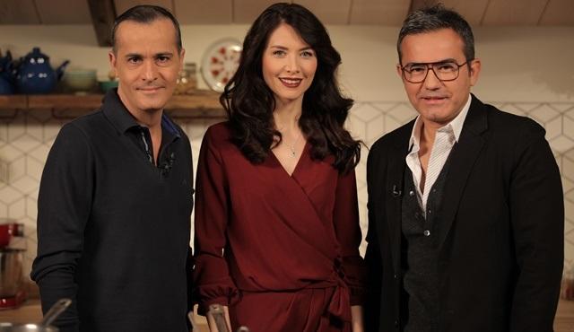 Memet Özer ile Mutfakta'nın konukları Nefise Karatay ve Cengiz Abazoğlu!