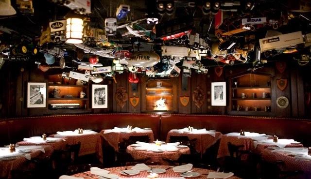 Süslü New York lokantalarında Mad Men havası!