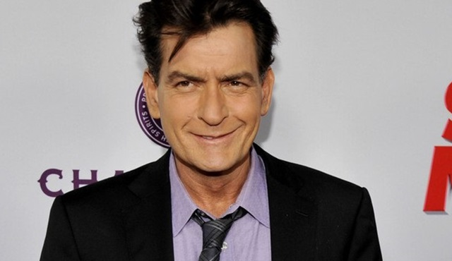 Hollywood Dedikoduları: Charlie Sheen HIV+ olduğunu açıkladı!