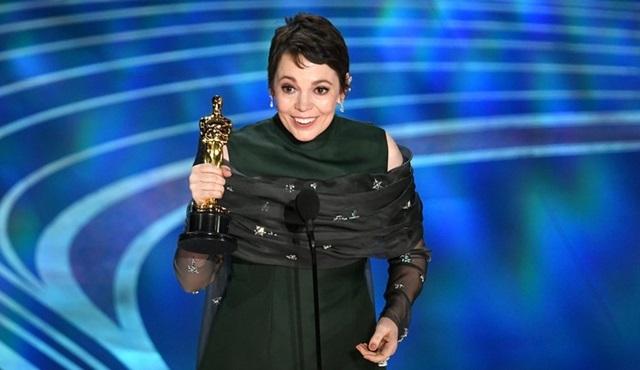 Olivia Colman, HBO dizisi Landscapers'ın kadrosuna dahil oldu