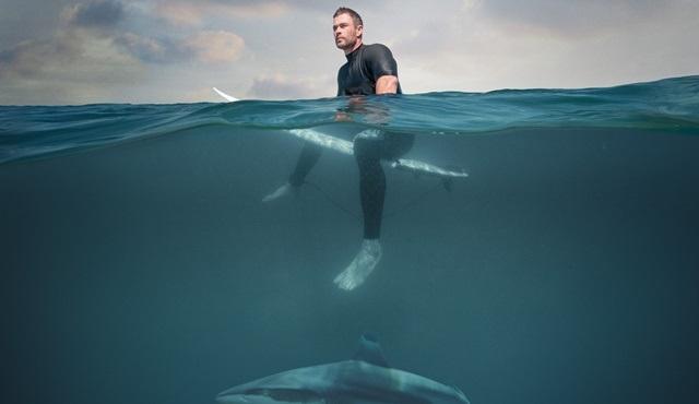 Chris Hemsworth ile Köpekbalığı Sahili, National Geographic WILD ekranlarında!