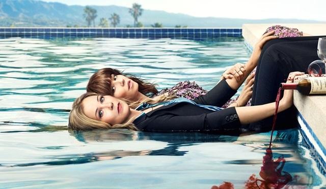 Netflix, Dead to Me dizisine ikinci sezon onayı verdi