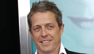Hugh Grant yeni bir diziyle televizyona geliyor: A Very English Scandal