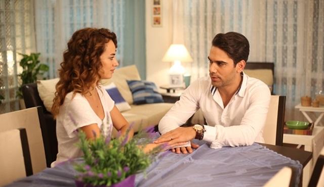Bana Sevmeyi Anlat | Leyla and Alper continue their own struggles side by side