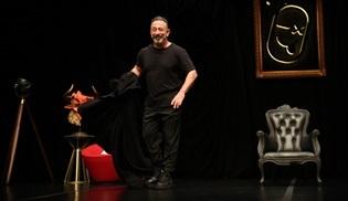 Cem Yılmaz yeni stand up gösterisini TİM Show Center'da gerçekleştirdi!