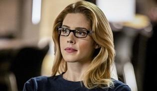 Emily Bett Rickards, Arrow dizisinden ayrıldığını açıkladı