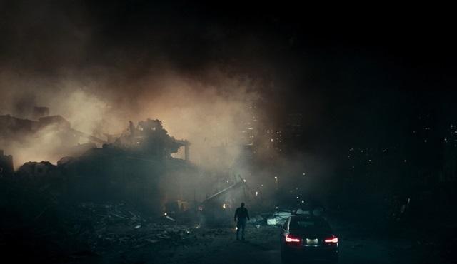 Cloverfield serisinin 3. filmi Cloverfield Paradoksu şimdi Netflix'te!