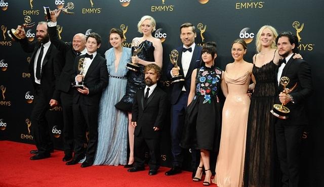 Digiturk dizileri 68'inci Emmy Ödül Töreni'nde ödülleri topladı