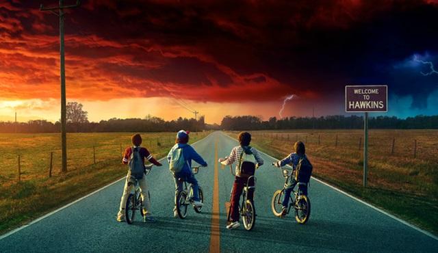 Stranger Things 2. sezon tarihi açıklandı ve posteri yayınlandı