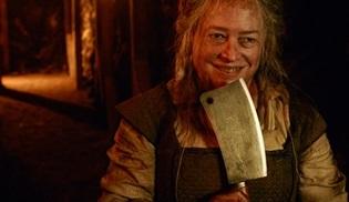 Kathy Bates, American Horror Story'nin 8. sezonu için geri dönüyor