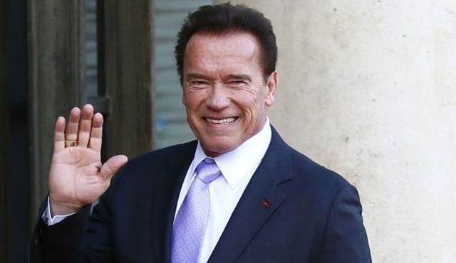 Arnold Schwarzenegger, Outrider dizisinin kadrosuna katıldı
