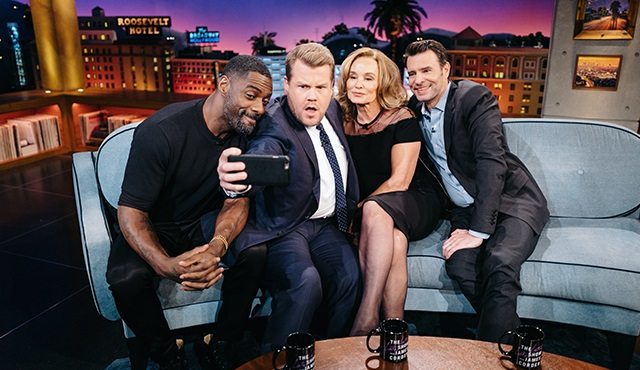 Jessica Lange ve Dan Stevens The Late Late Show With James Corden'a konuk oluyor