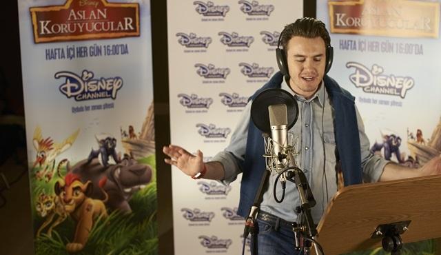 """Mustafa Ceceli, Disney'in efsane filmi """"Aslan Koruyucular"""