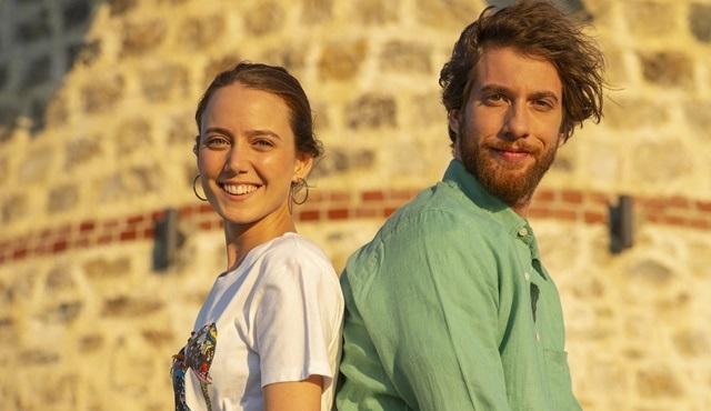 Ege'nin Hamsisi dizisinde yeni bir aşk doğuyor!