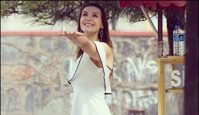Seviyor Sevmiyor: Gonca Sarıyıldız hayranlarının sorularını cevapladı!
