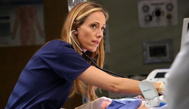 Kim Raver, Grey's Anatomy'ye bir kez daha dönüyor