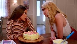 Netflix'in yeni gençlik dizisi Ginny & Georgia, 24 Şubat'ta başlıyor
