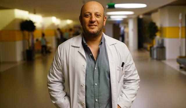 Serkan Keskin, Bir Aile Hikayesi dizisinin kadrosunda!
