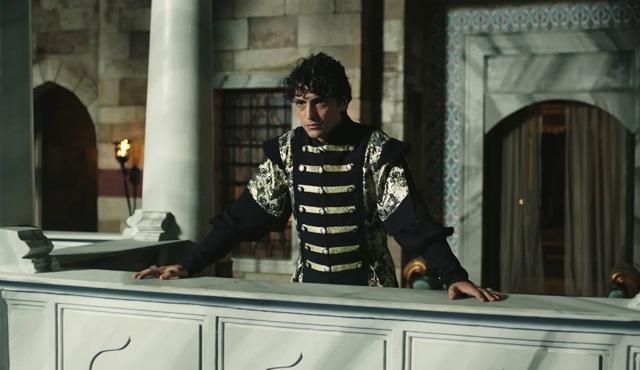 Muhteşem Yüzyıl Kösem 30.yeni bölüm fragmanında heyecan dorukta! Sultan Osman yeniçerinin elinde...
