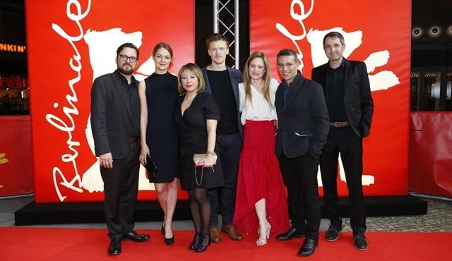 """Aslı Özge'nin """"Ansızın"""" filmi Alman Sinema Ödülleri'ne aday gösterildi!"""