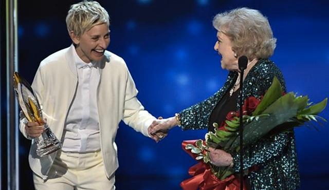 People's Choice Awards: Ödül Mevsimi Açıldı