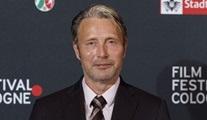 Mads Mikkelsen'in Fantastic Beasts'te Johnny Depp'in yerini aldığı kesinleşti
